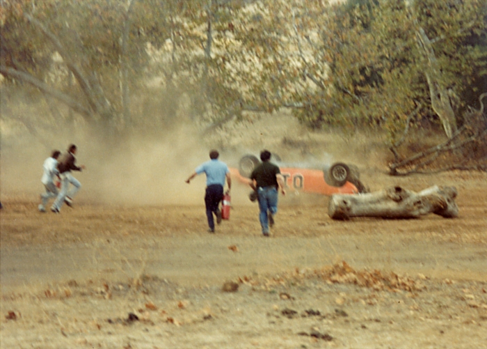 dukes of hazzard general lee crash.jpg