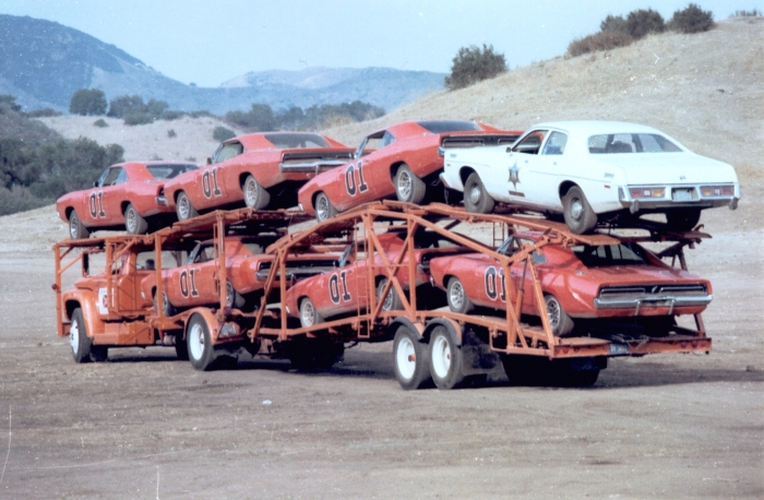 dukes of hazzard general lee dodge charger car carrier