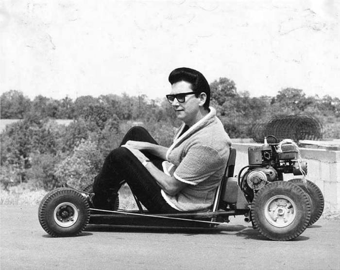 Roy-Orbison-riding-a-go-kart