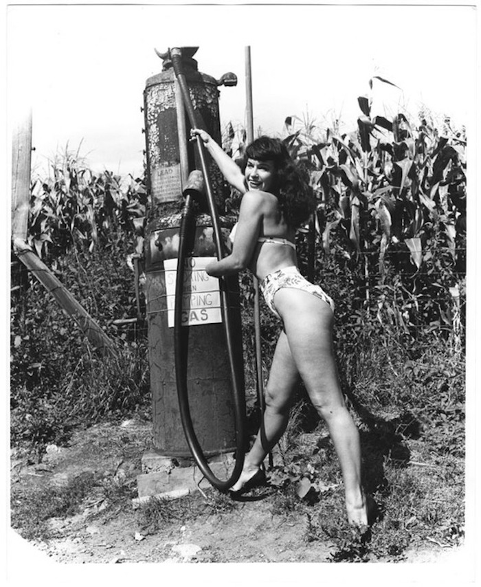 WEEGEE_Bettie_Page_nude_pinup_gas_pump_1956